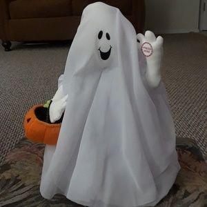 Hallmark dancing ghost